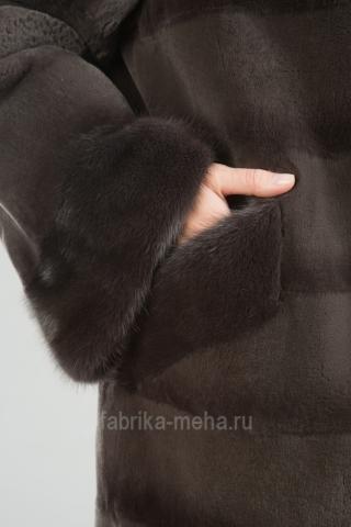 Новая акция на май-июнь: особые подарки для покупателей магазина «Фабрика меха»