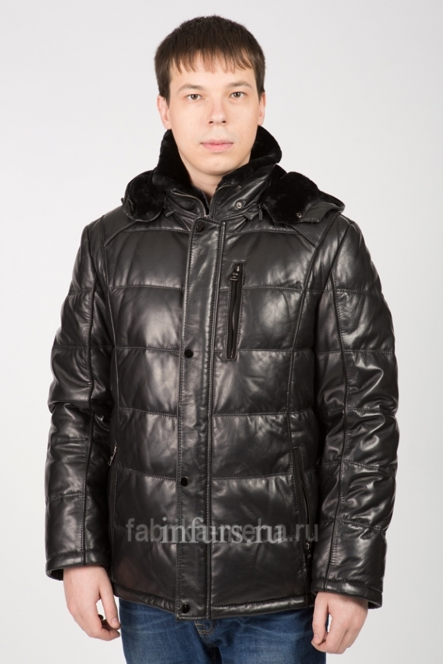 Мужские пуховики и кожаные куртки пополнили ассортимент магазина