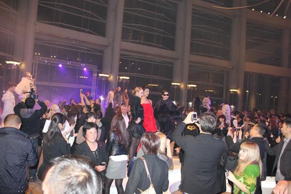 Hong Kong Furs & Fashion: 2013 год укрепляет отношения меховой индустрии Гонконга и России